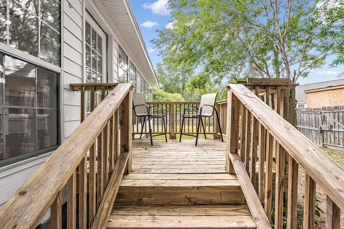 Candlewood Homes For Sale - 1609 Longview, Mount Pleasant, SC - 2
