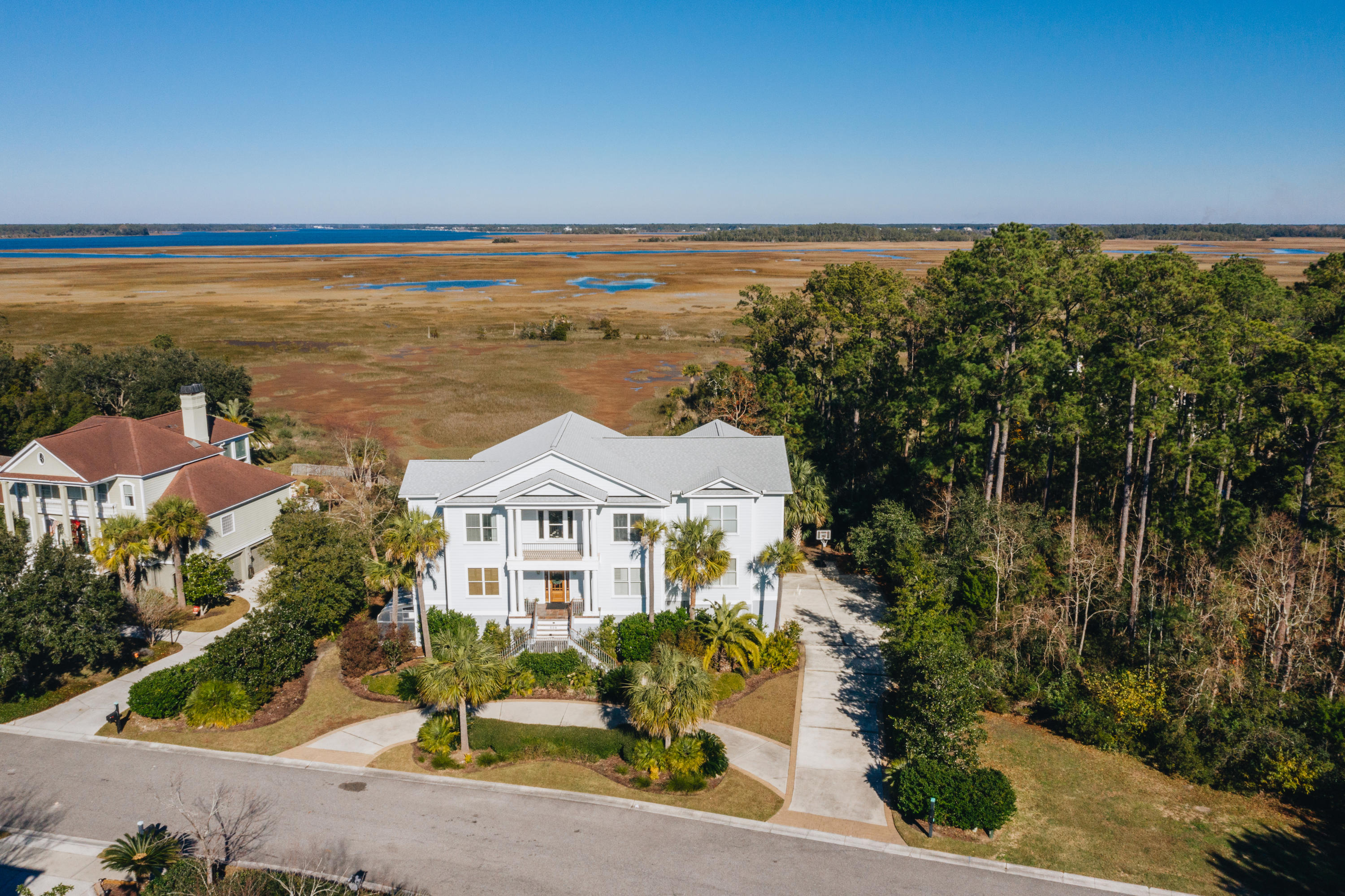 536 W Island Walk West Mount Pleasant, SC 29464