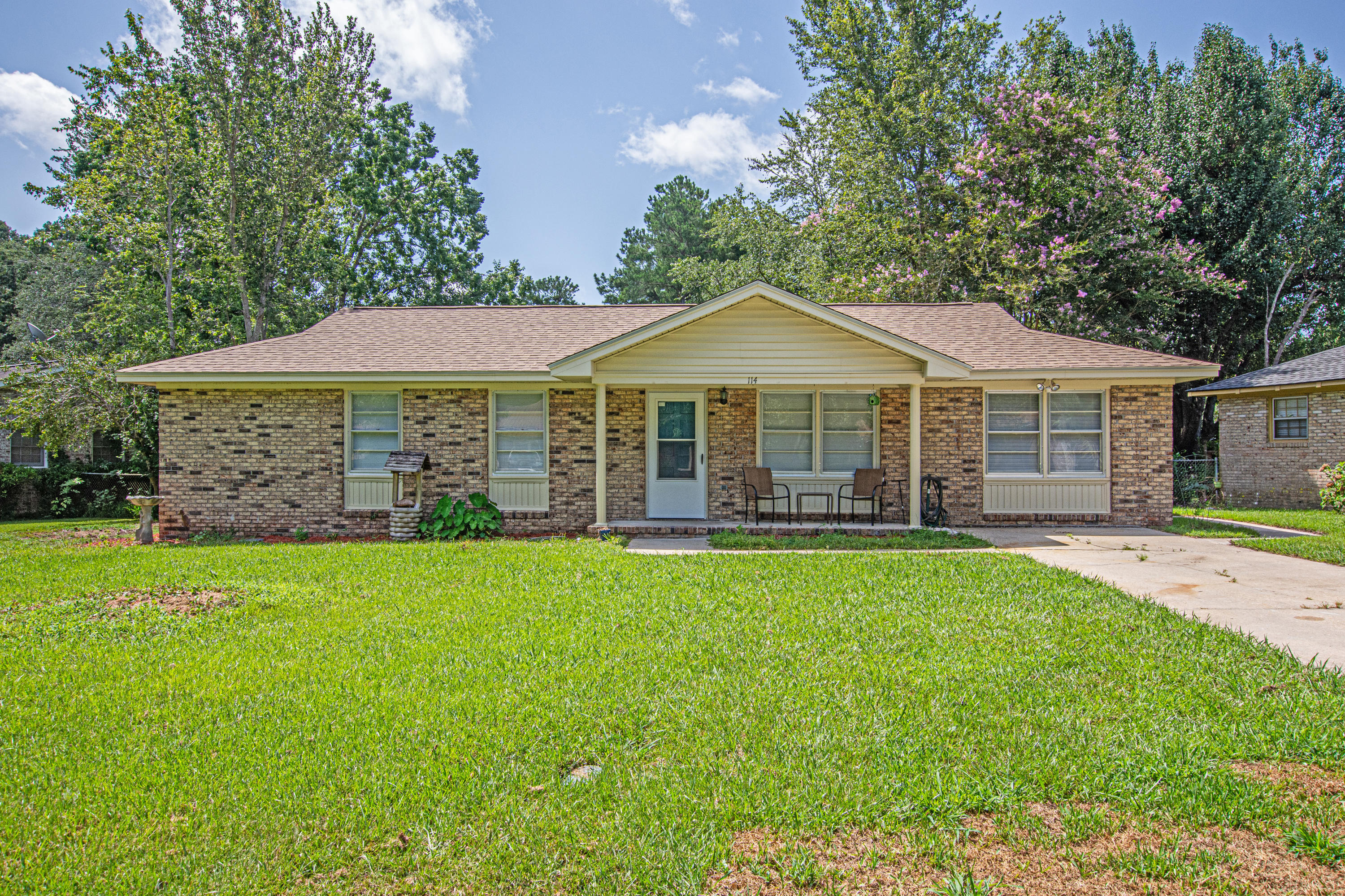 114 Bailey Drive Summerville, SC 29485