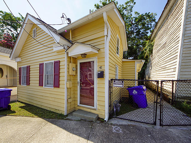 41 Poinsett Street Charleston, SC 29403