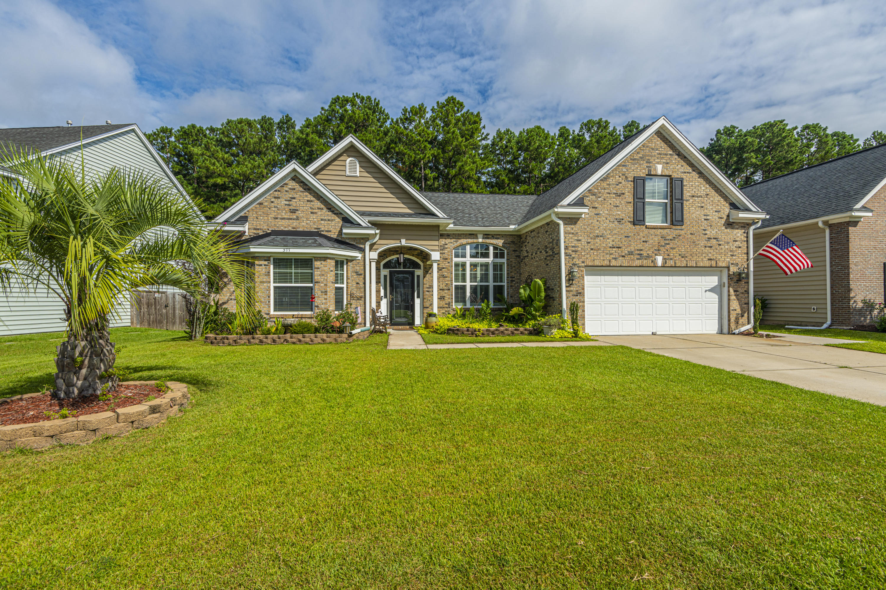 377 Decatur Drive Summerville, SC 29486