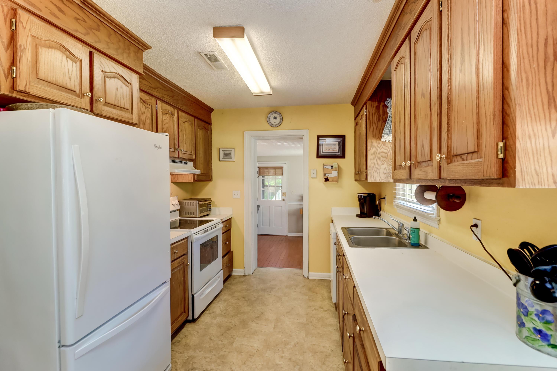 Old Mt Pleasant Homes For Sale - 751 Sinlea, Mount Pleasant, SC - 9