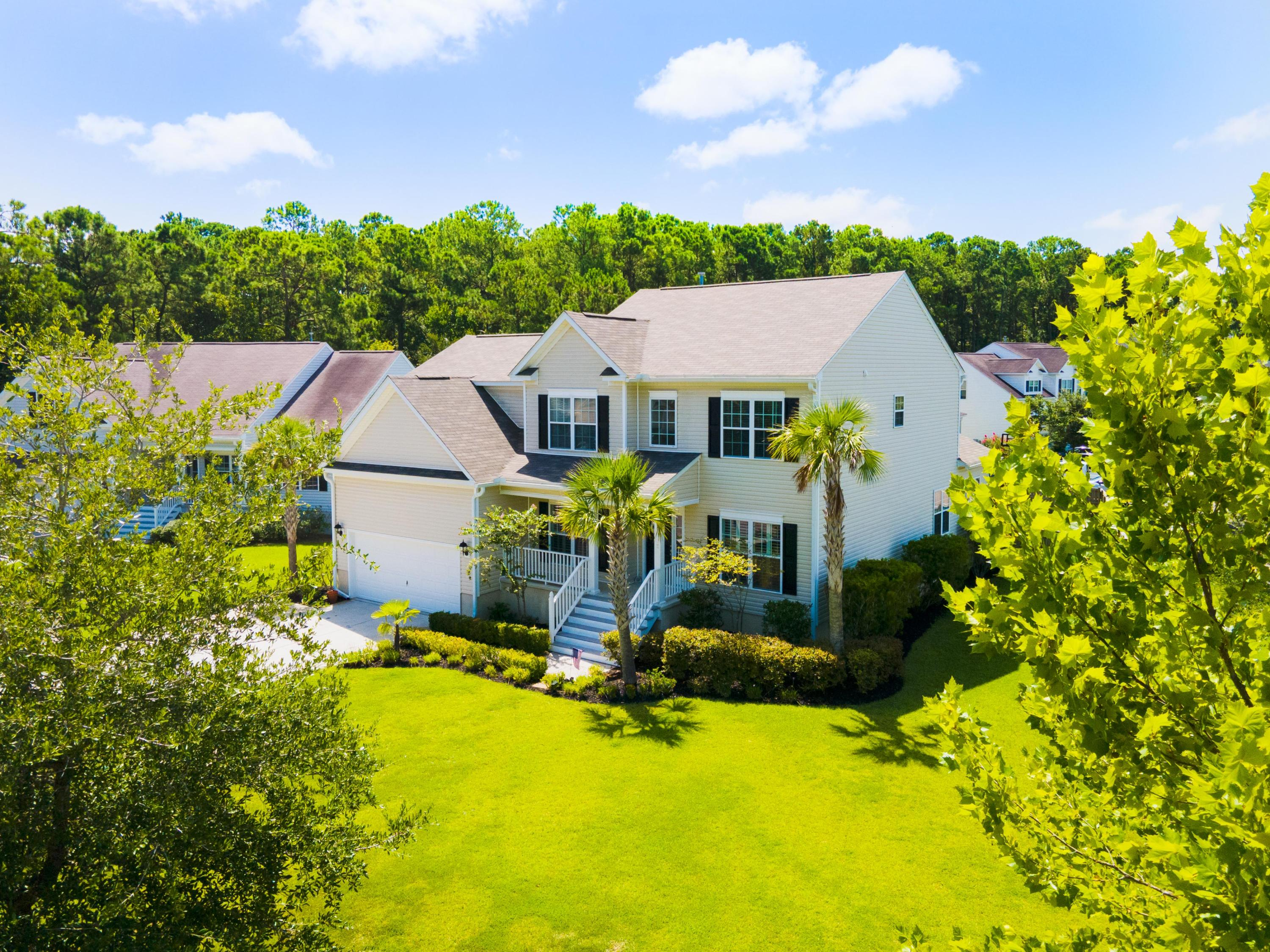 2932 Thornrose Lane Mount Pleasant, SC 29466
