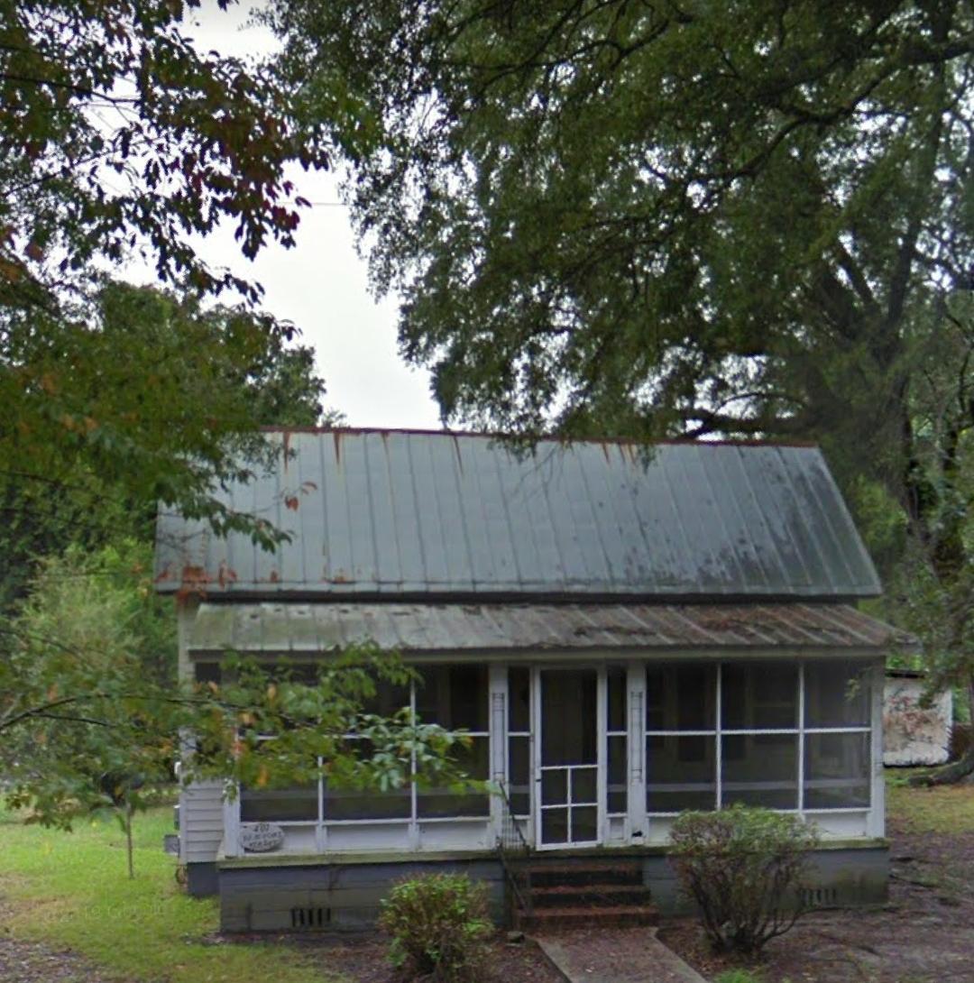 401 Beaufort Street Summerville, SC 29483