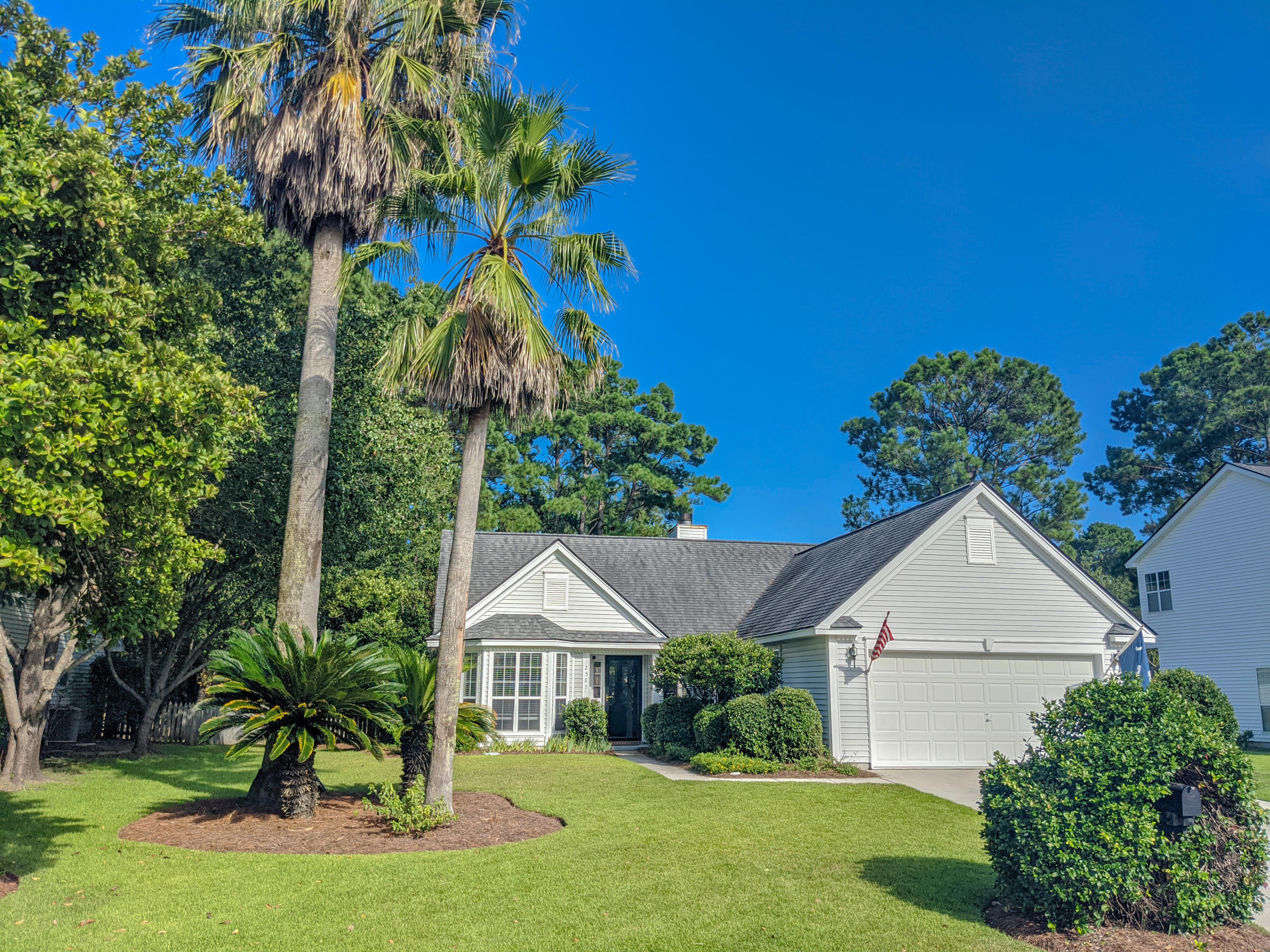 2585 Palmetto Hall Boulevard Mount Pleasant, SC 29466