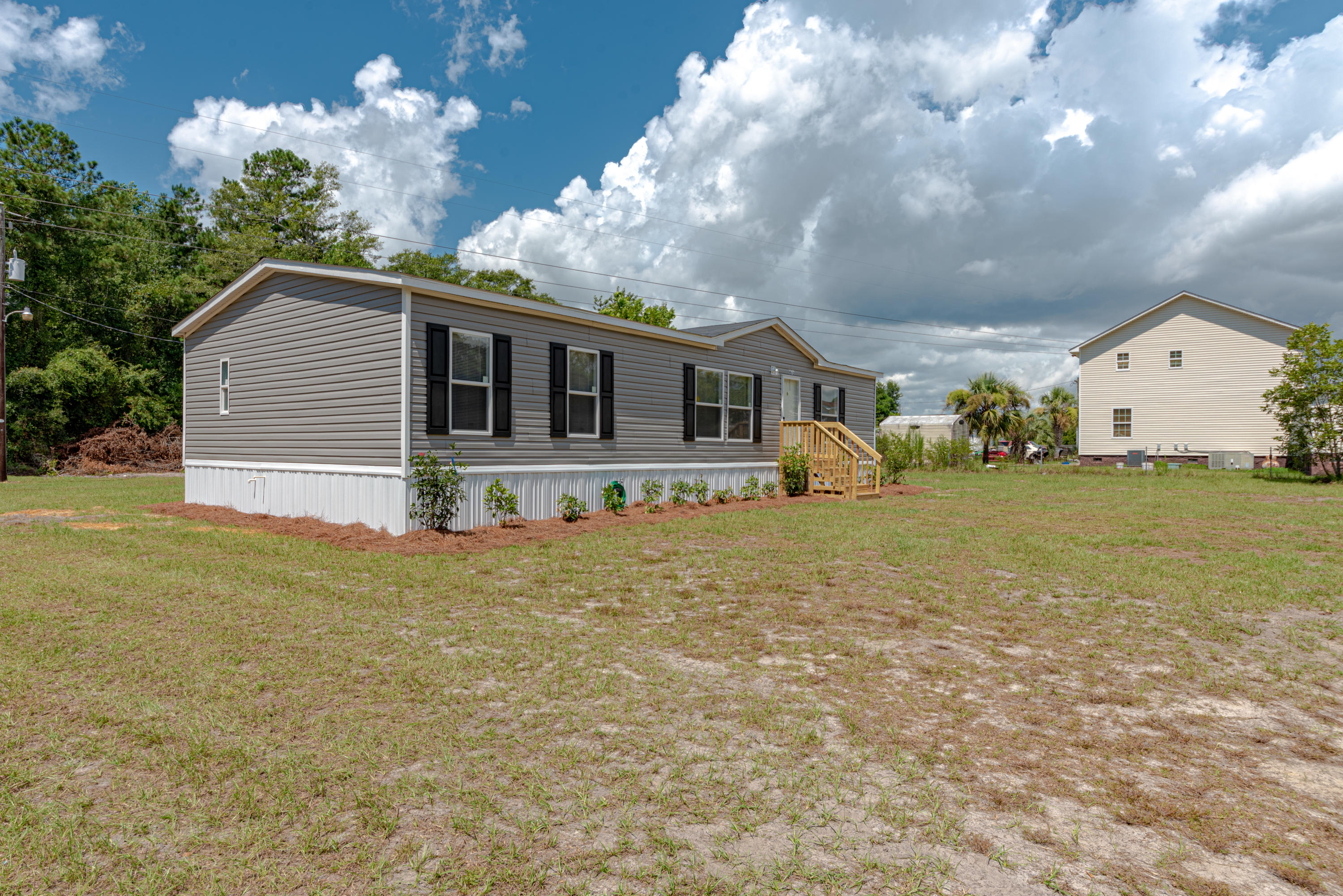 Roosevelt Heights Homes For Sale - 873 Phillips, Walterboro, SC - 1
