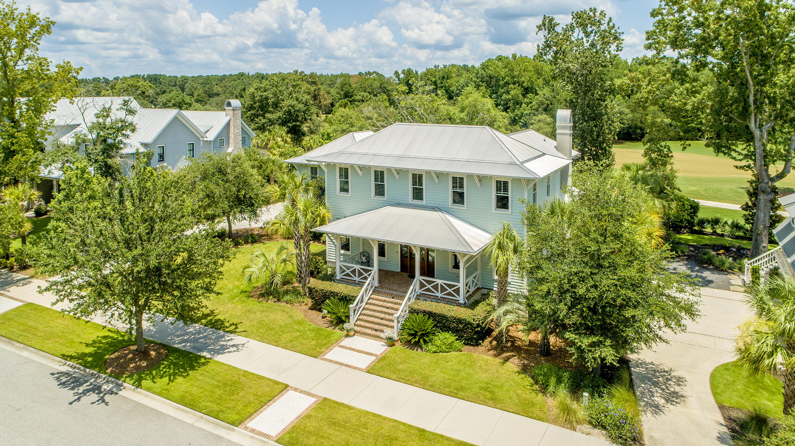 472 Island Park Drive Charleston, SC 29492