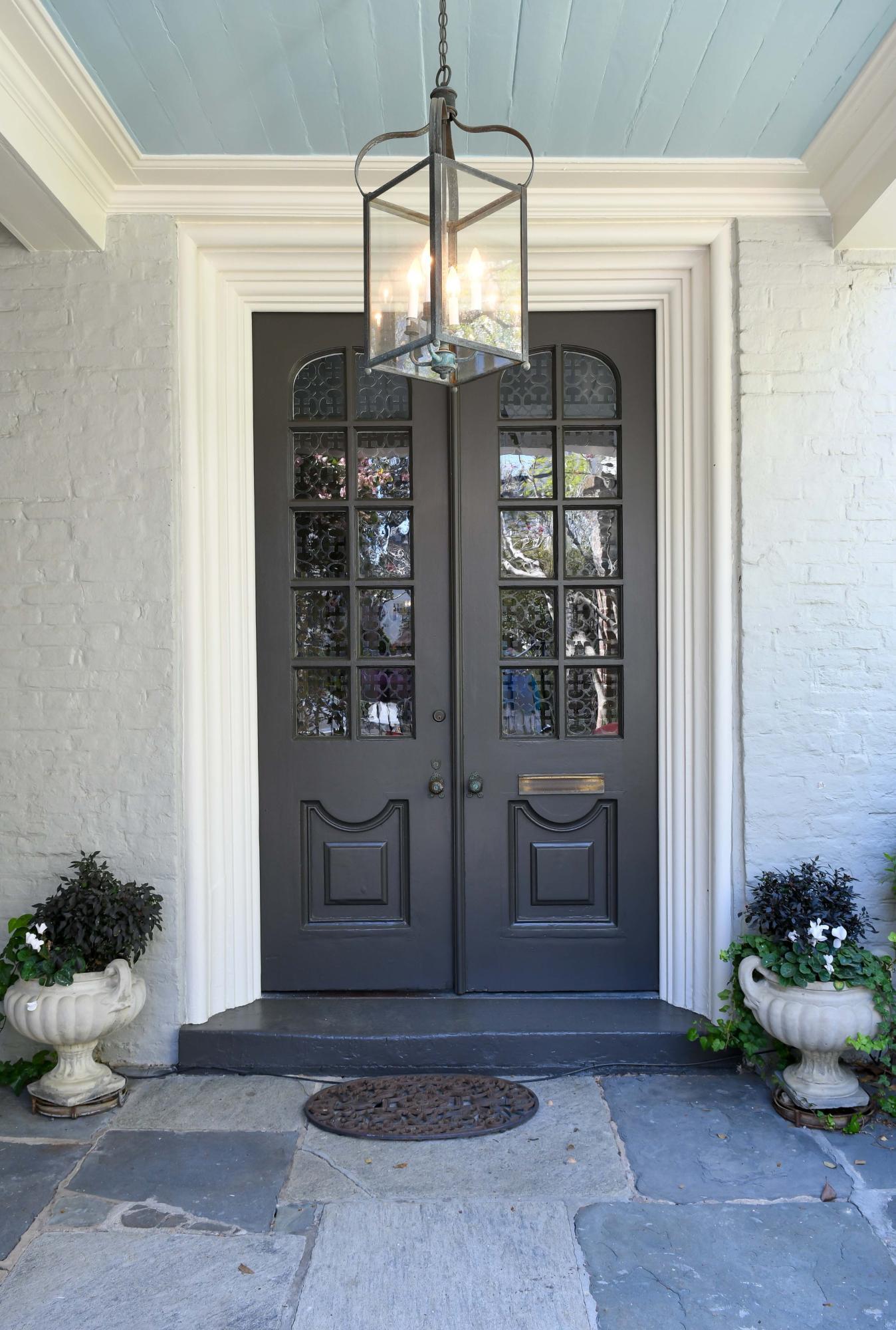22 Lamboll Street Charleston, SC 29401