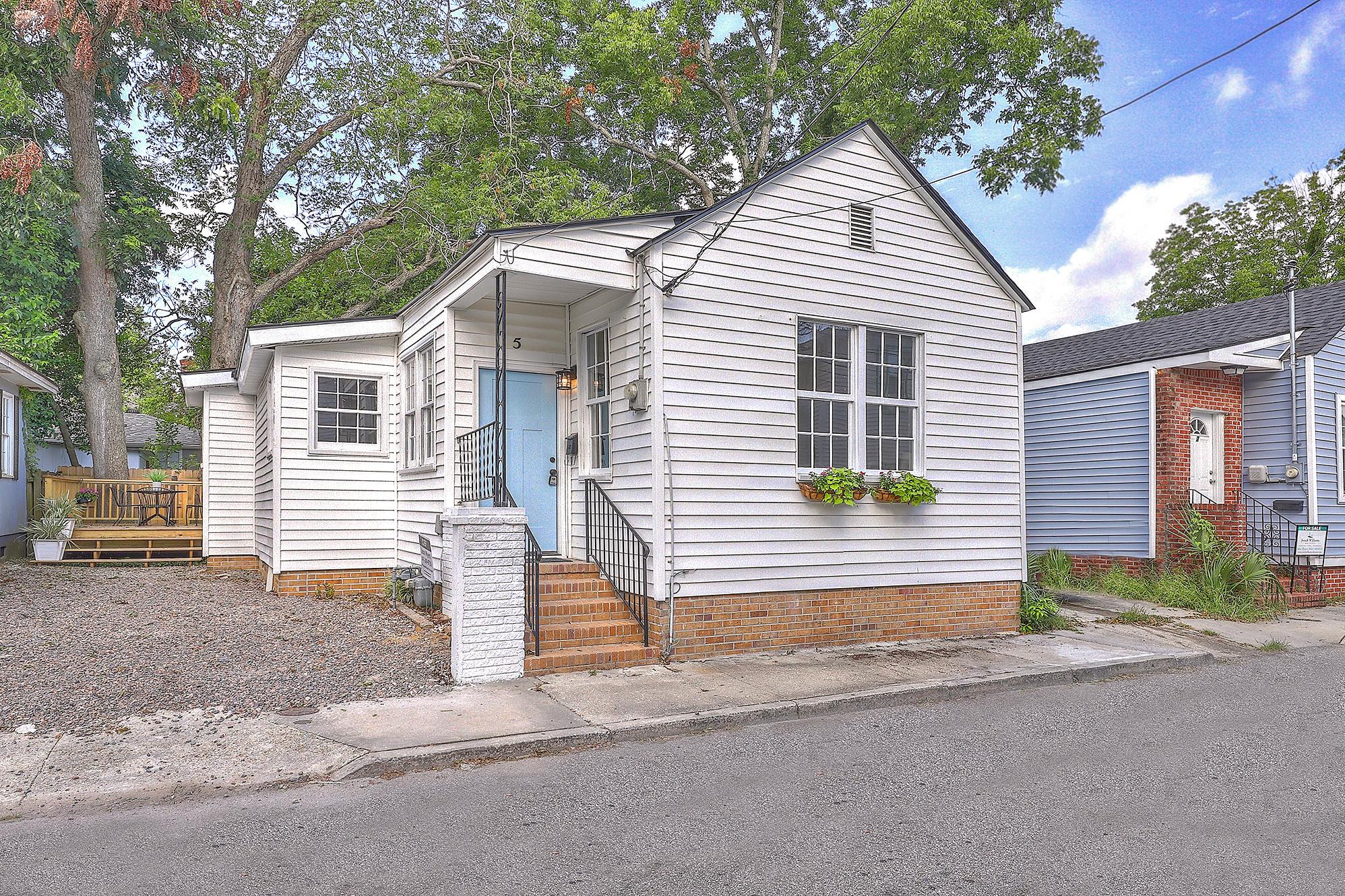 5 Carondolet Street Charleston, SC 29403