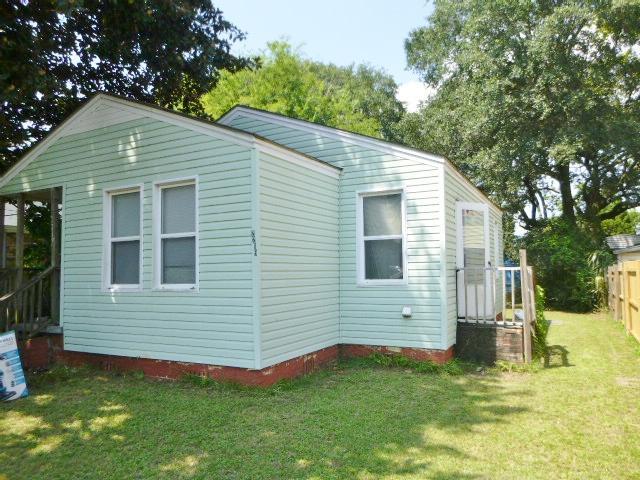 2219 Suffolk Street North Charleston, SC 29405