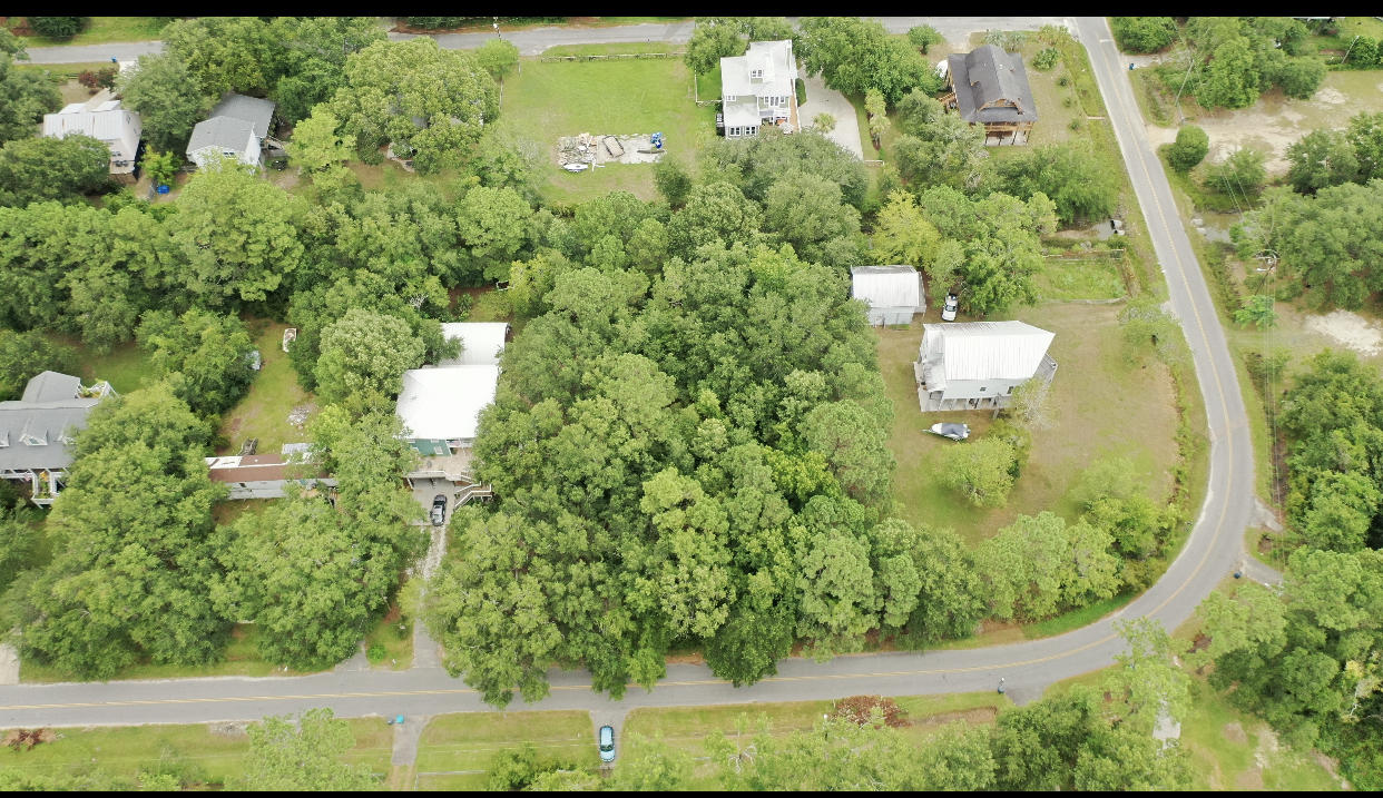 1523 Macoma Drive Mount Pleasant, SC 29466