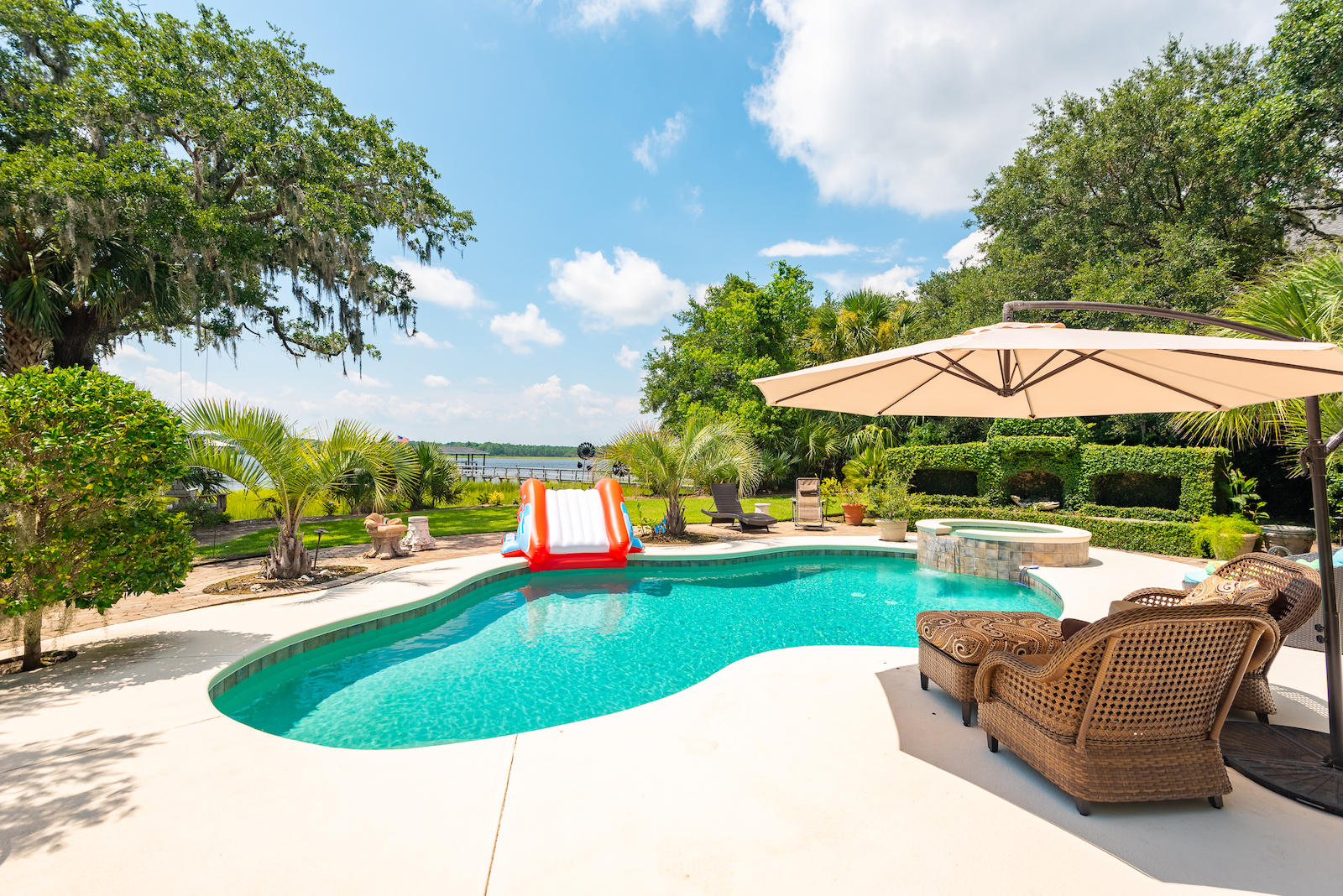 Rivertowne On The Wando Homes For Sale - 2483 River Bluff, Mount Pleasant, SC - 31
