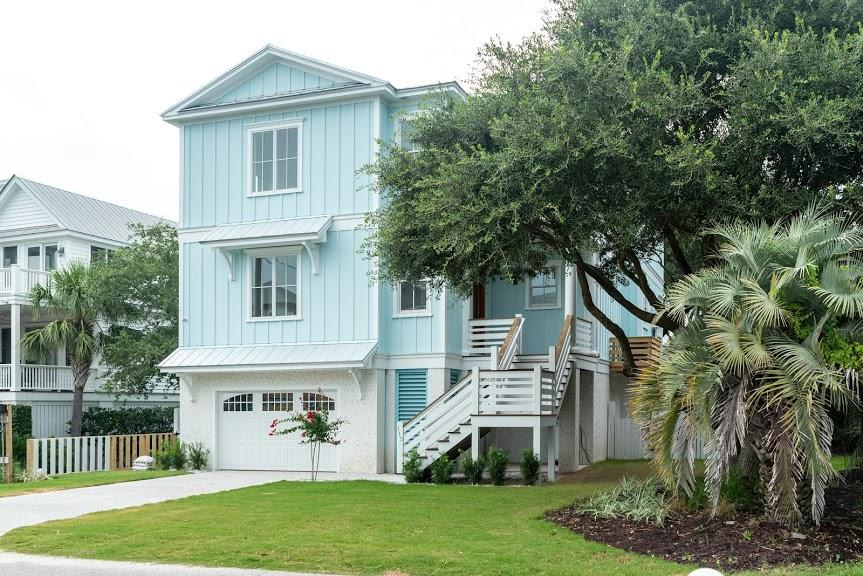 115 Charleston Boulevard Isle Of Palms, SC 29451