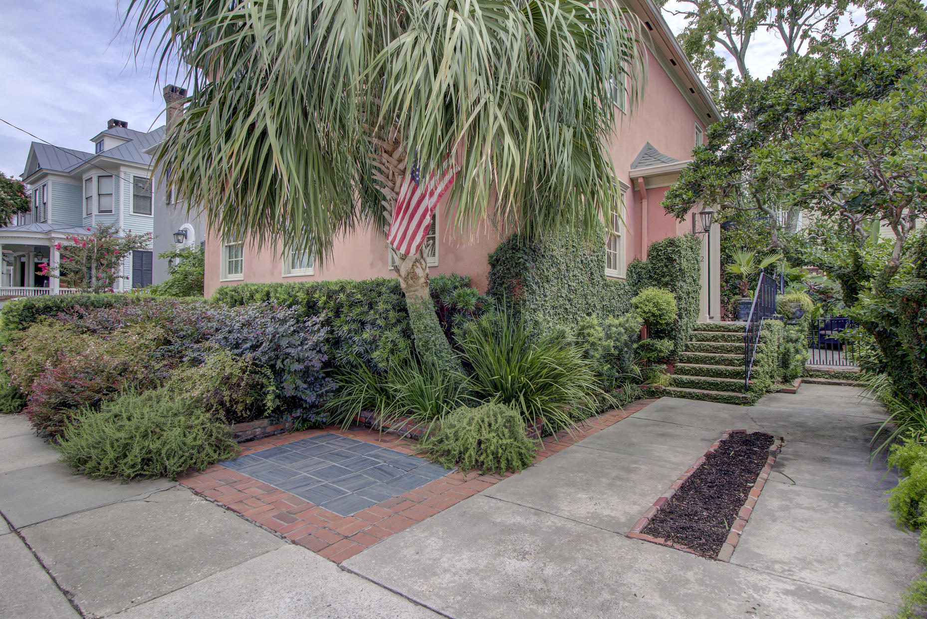 South of Broad Homes For Sale - 2 Colonial, Charleston, SC - 10