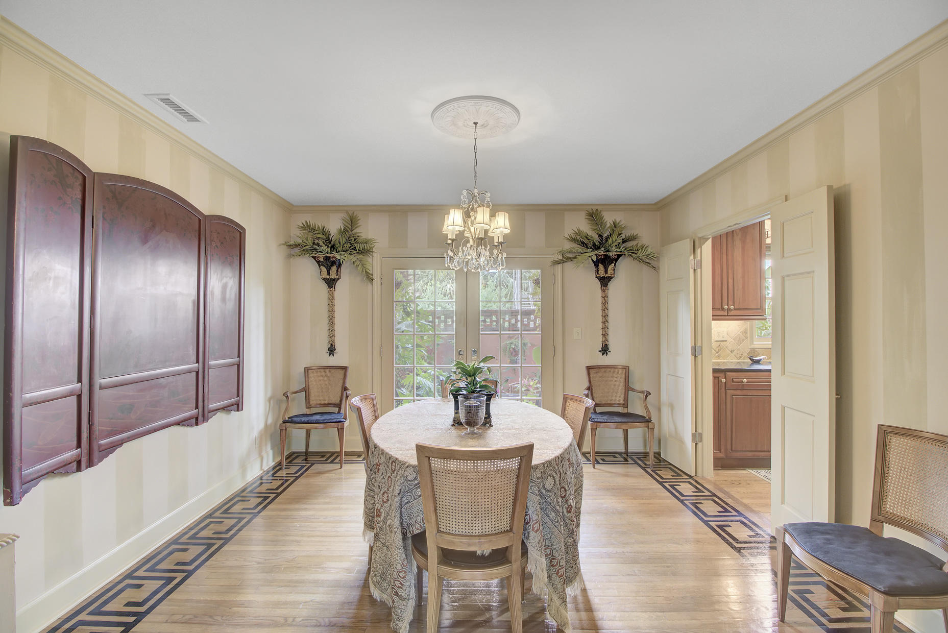 South of Broad Homes For Sale - 2 Colonial, Charleston, SC - 3