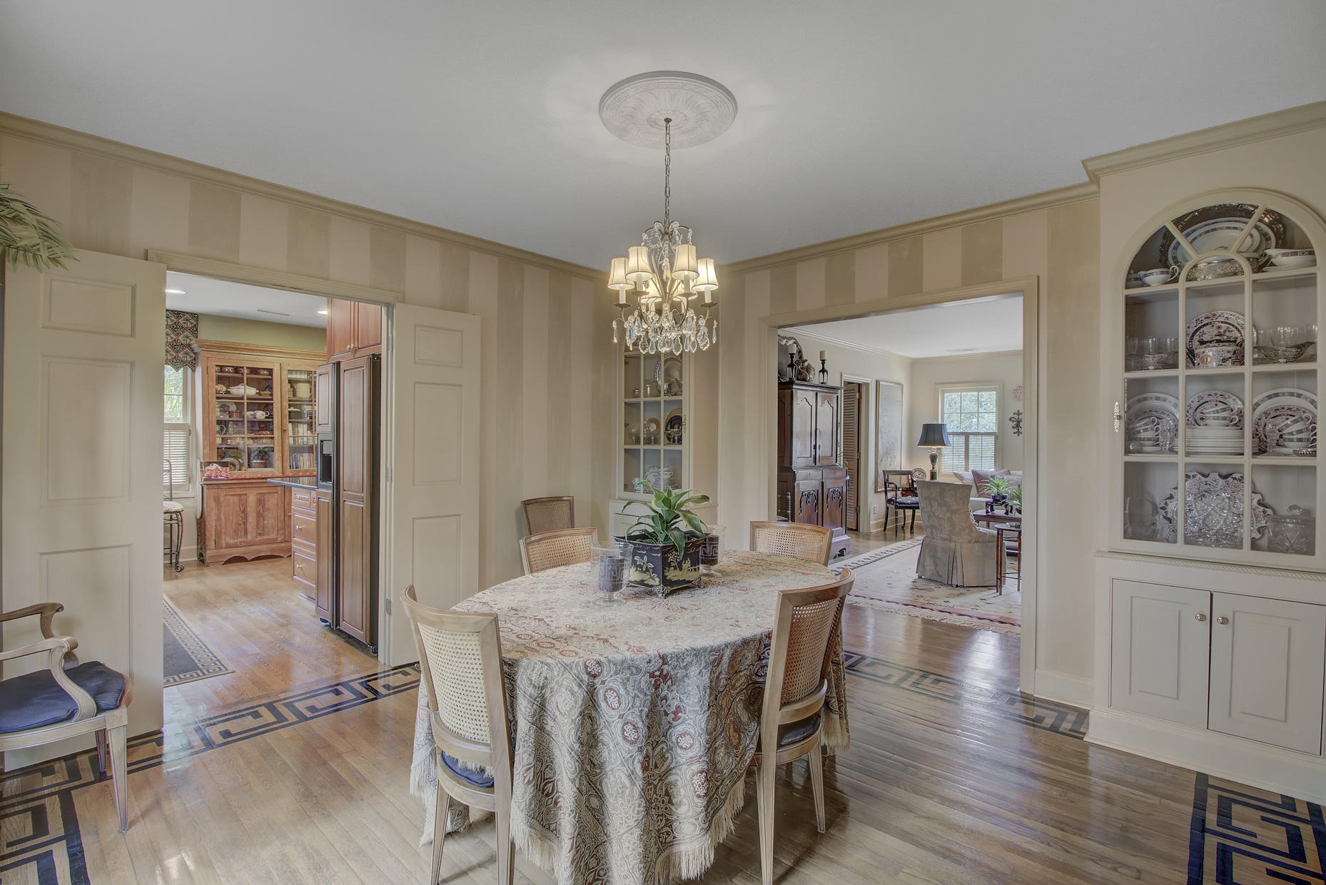 South of Broad Homes For Sale - 2 Colonial, Charleston, SC - 2
