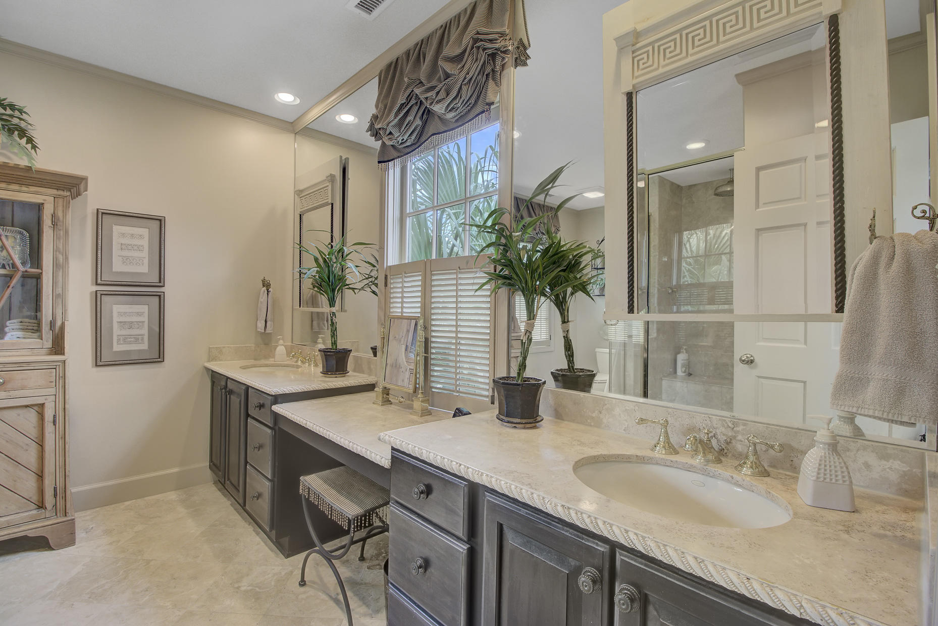 South of Broad Homes For Sale - 2 Colonial, Charleston, SC - 30