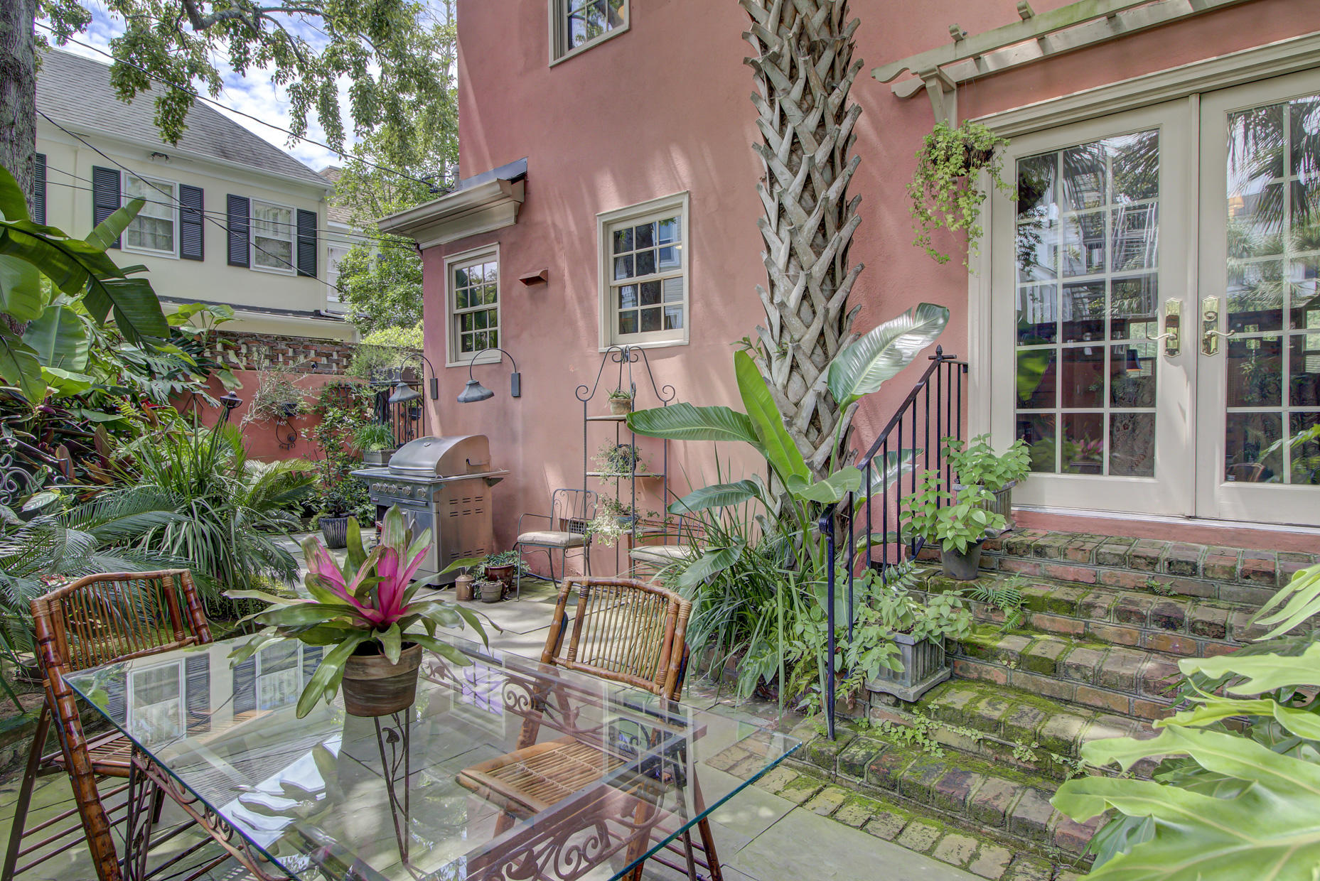 South of Broad Homes For Sale - 2 Colonial, Charleston, SC - 17