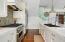 Pool House Viking Range, SubZero Refrigerator, Bosch Dishwasher!