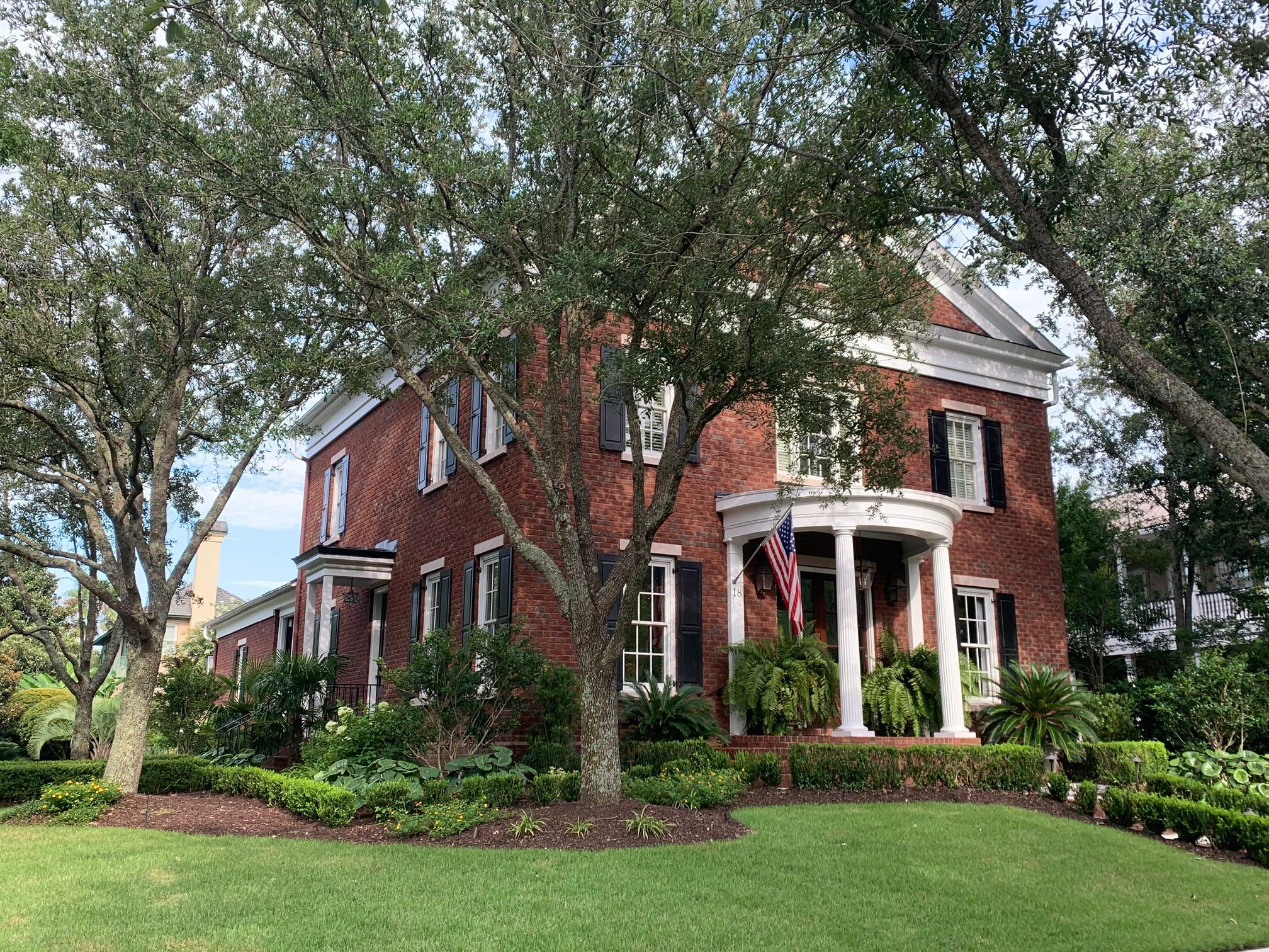 18 Pagett Street Charleston, SC 29492