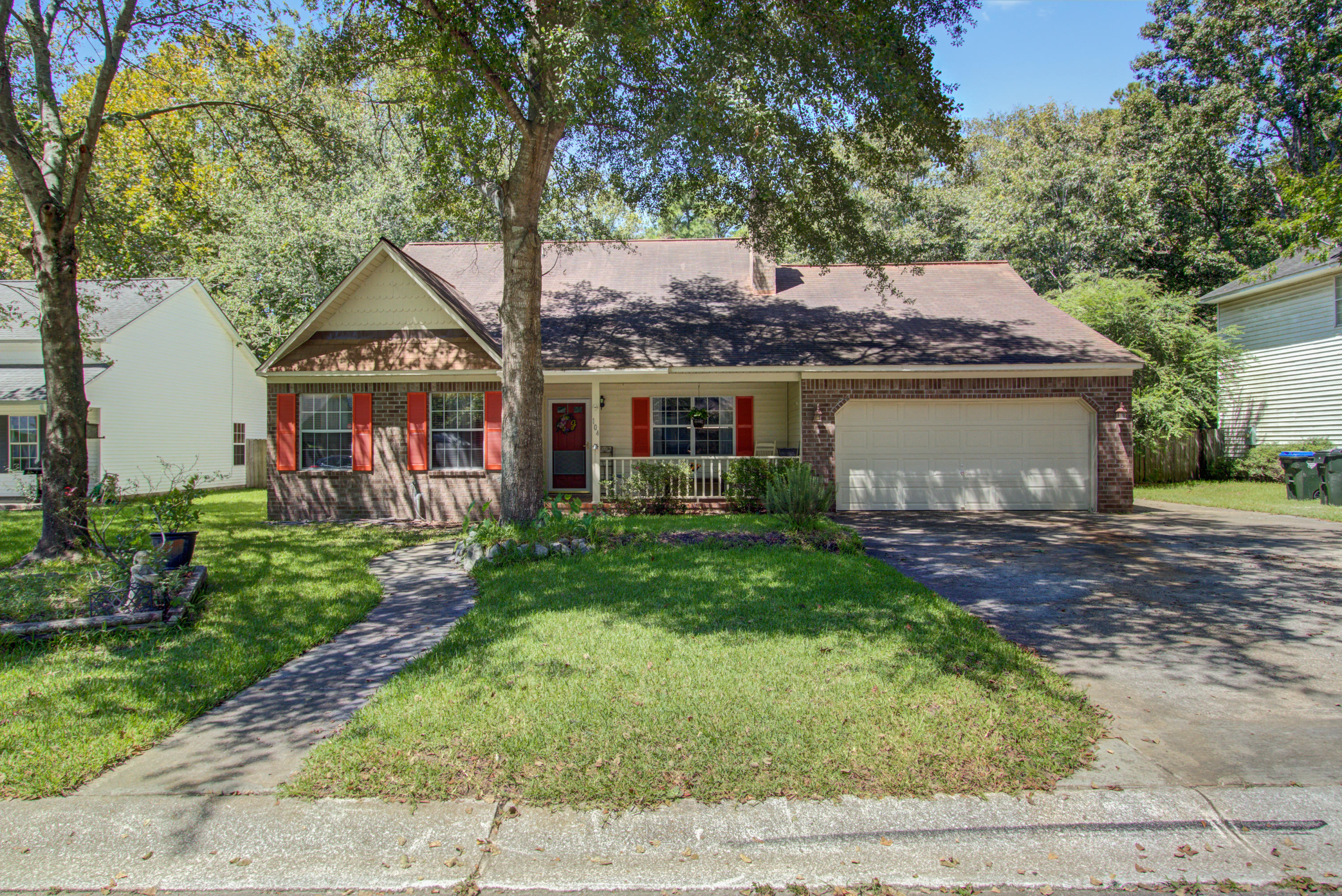 104 Bayberry Run Summerville, SC 29485