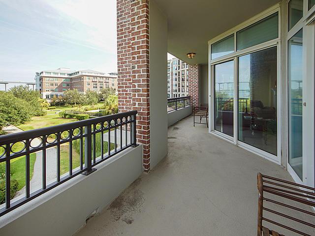 Renaissance On Chas Harbor Homes For Sale - 236 Plaza, Mount Pleasant, SC - 19