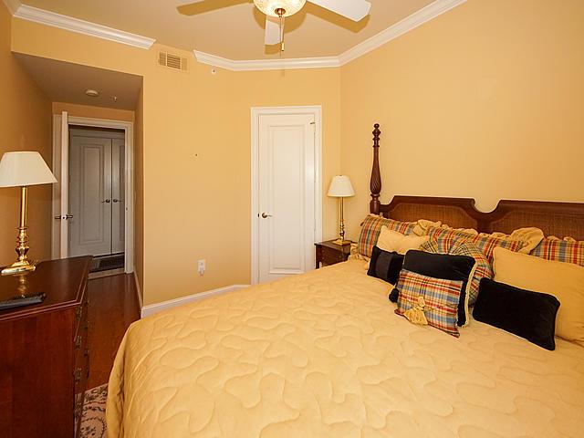 Renaissance On Chas Harbor Homes For Sale - 236 Plaza, Mount Pleasant, SC - 40