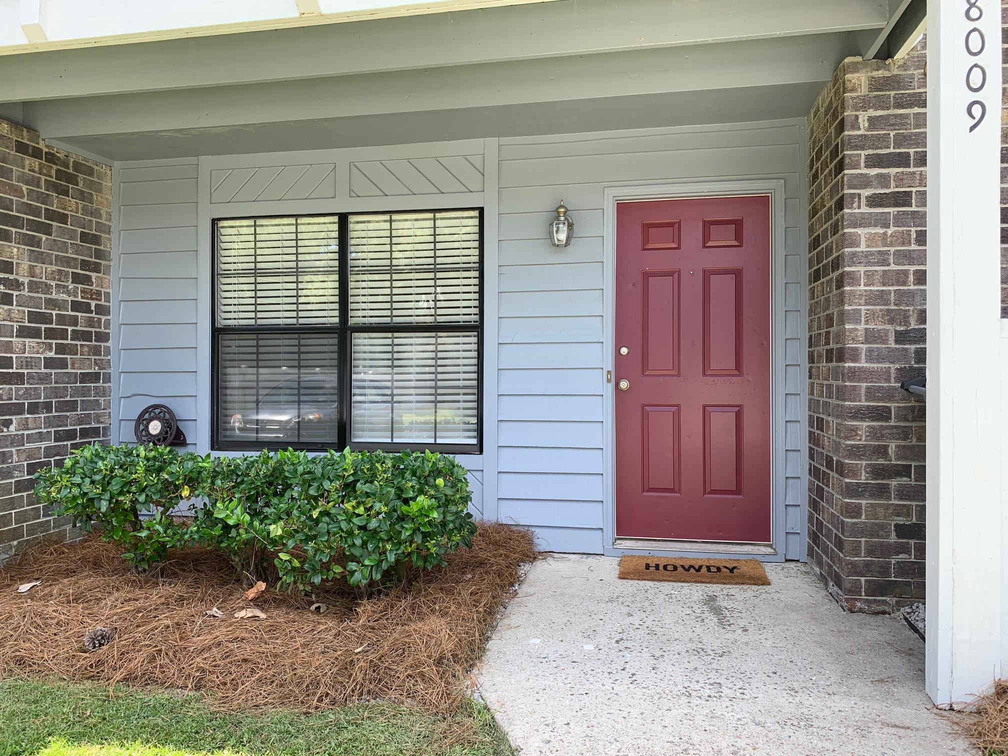 8009 Thelen Street North Charleston, SC 29406