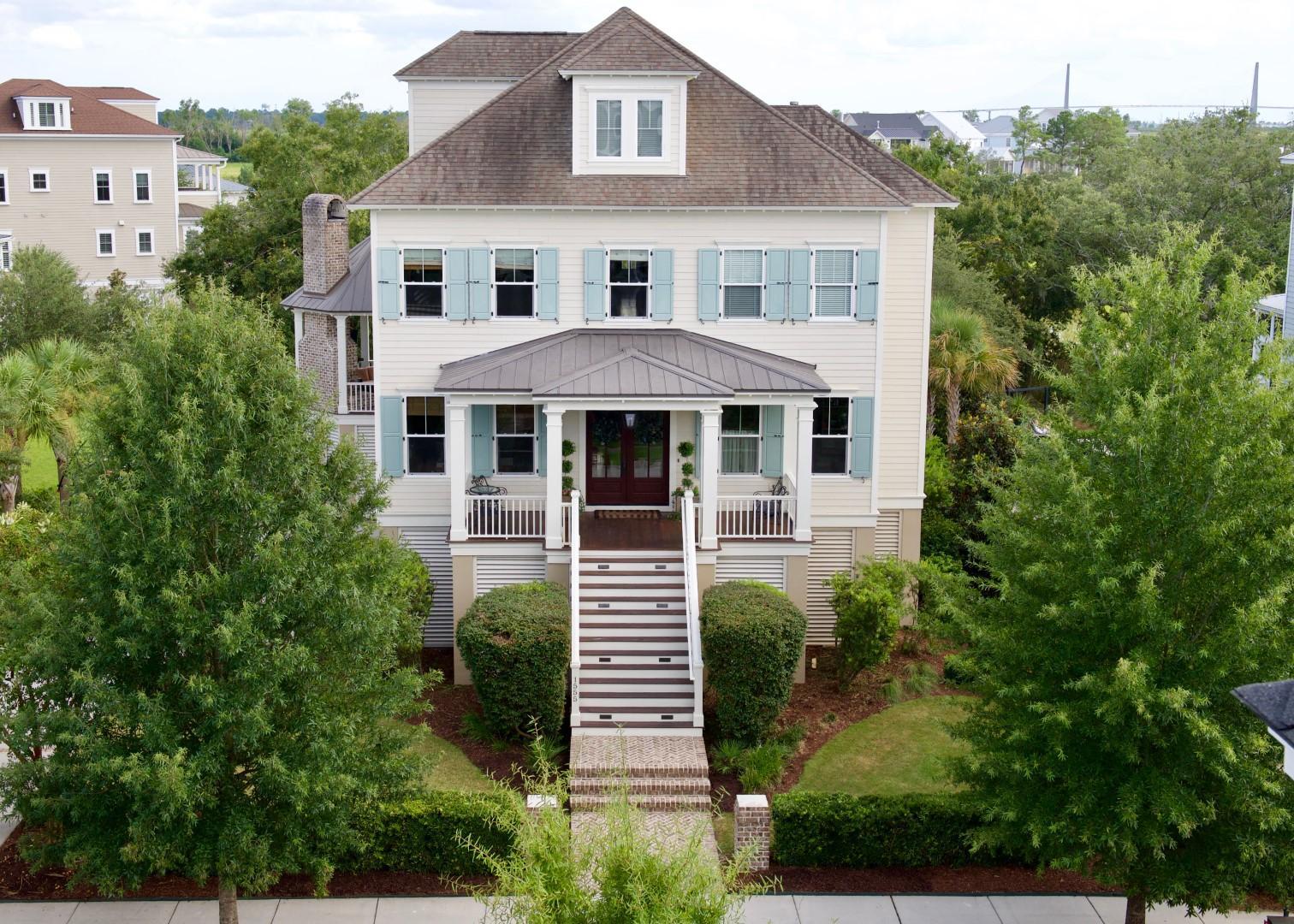 1555 Wando Landing Street Charleston, SC 29492