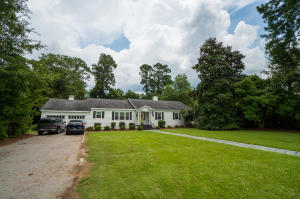 8225 Old State Road, Cameron, SC 29030