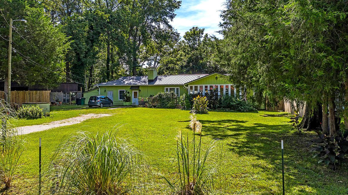117 Roosevelt Drive Eutawville, SC 29048