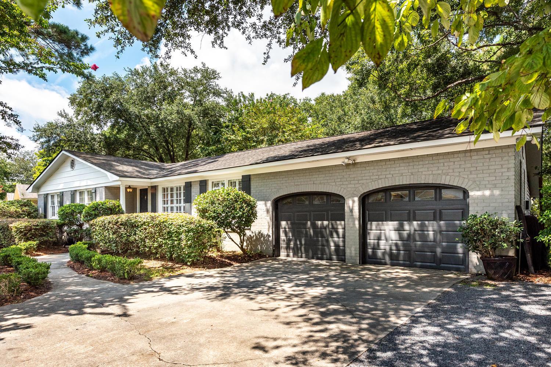 Cooper Estates Homes For Sale - 631 Pelzer, Mount Pleasant, SC - 1