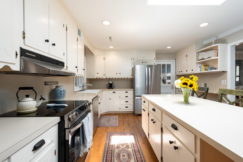 Cooper Estates Homes For Sale - 631 Pelzer, Mount Pleasant, SC - 3