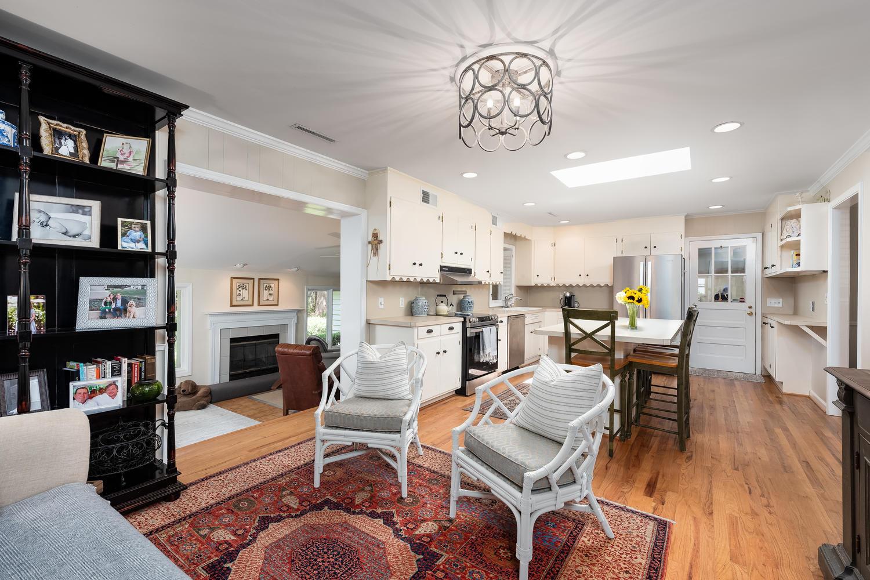 Cooper Estates Homes For Sale - 631 Pelzer, Mount Pleasant, SC - 6