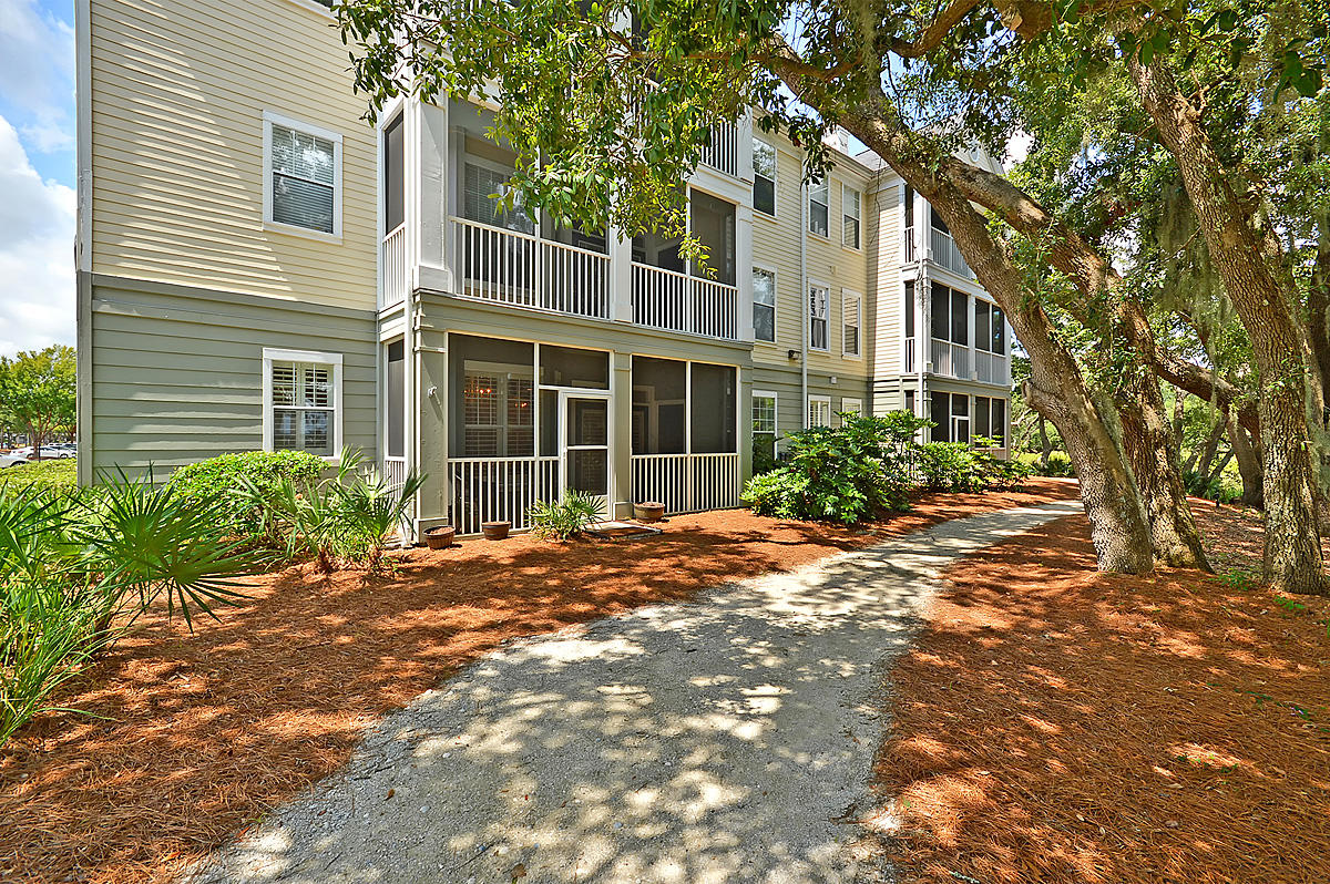 130 River Landing Drive UNIT 6100 Charleston, SC 29492
