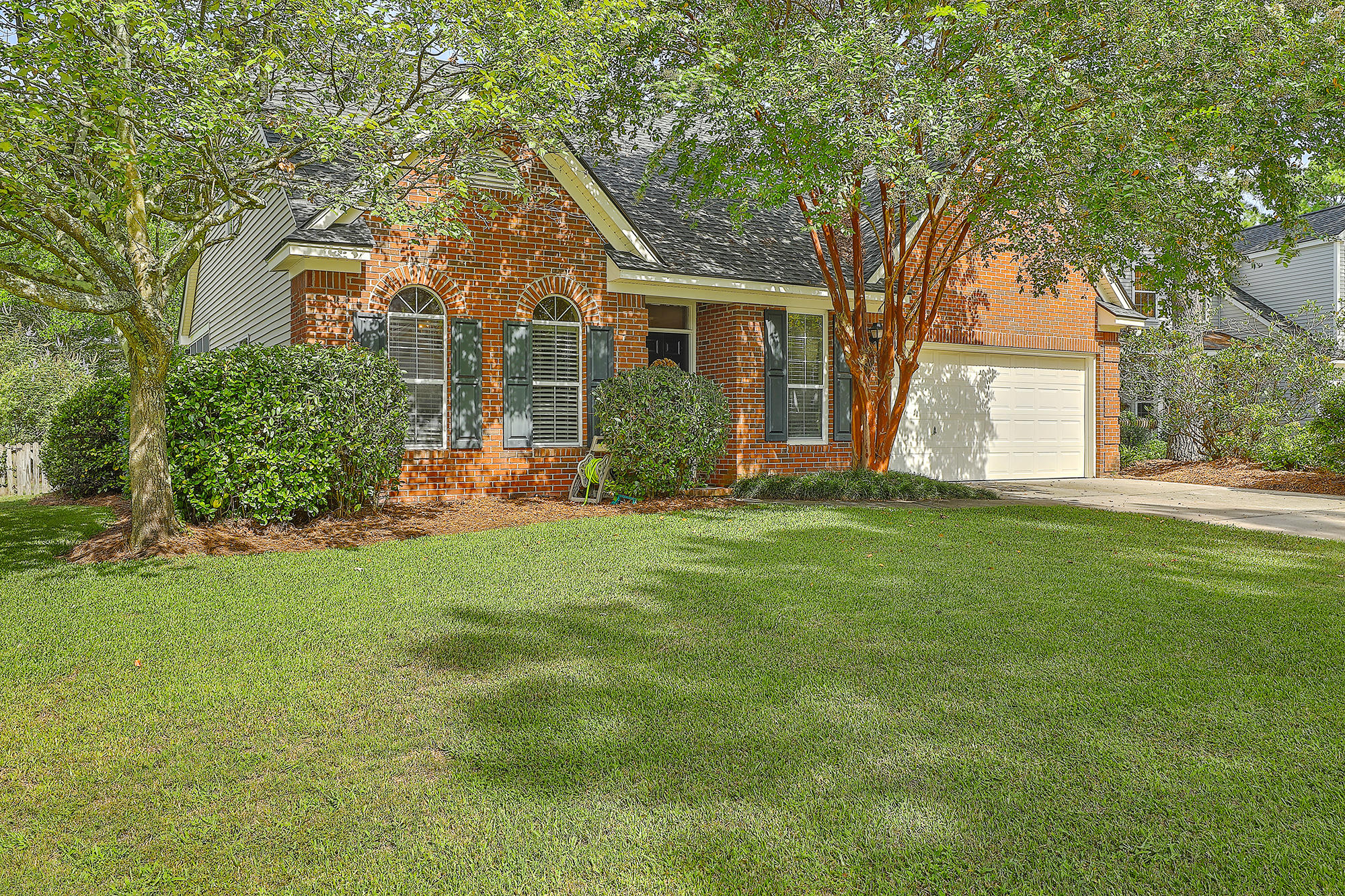 196 Sweet Garden Court Mount Pleasant, SC 29464