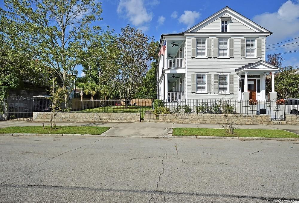 353 Ashley Avenue Charleston, SC 29403