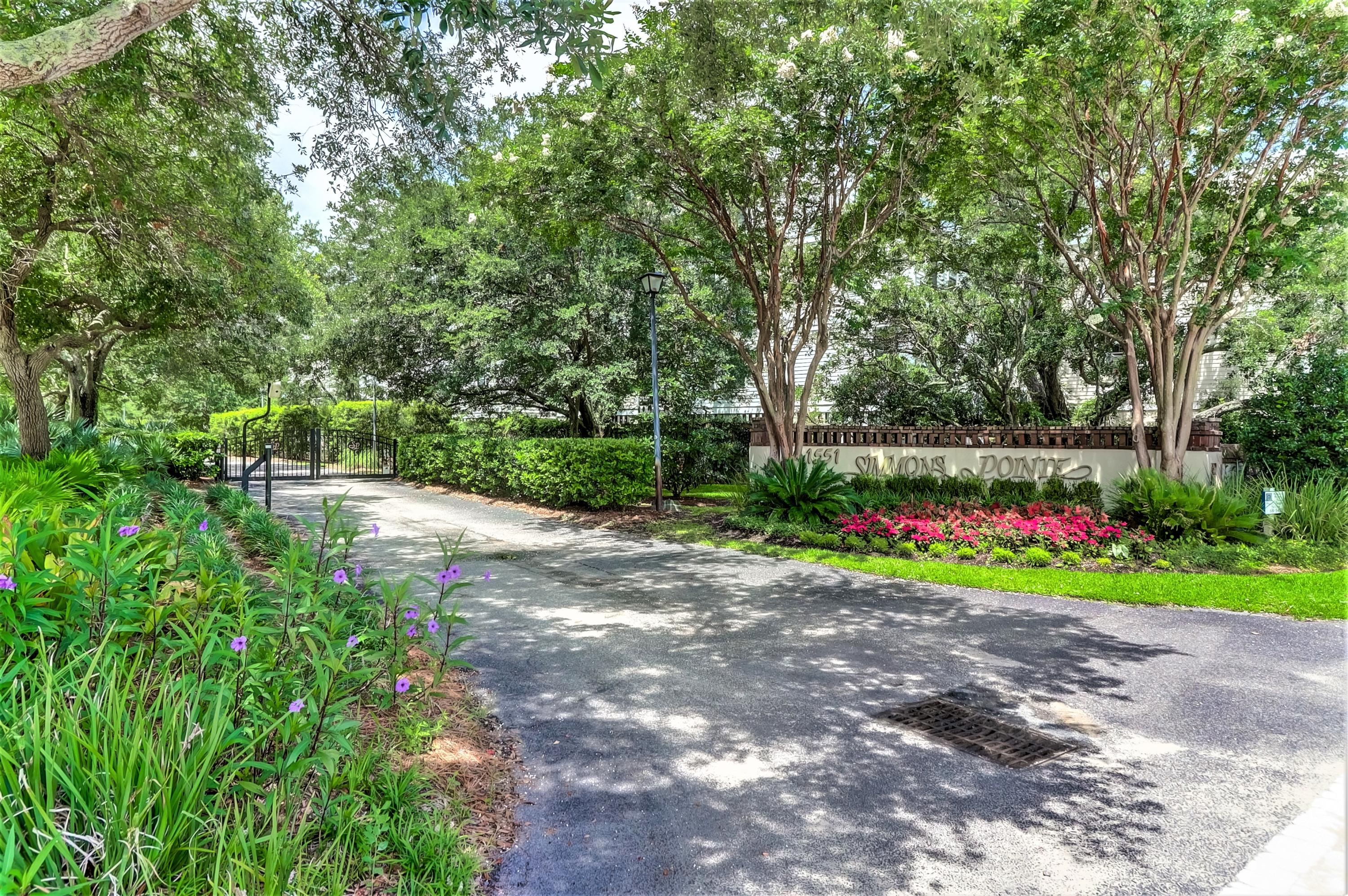 Simmons Pointe Homes For Sale - 1551 Ben Sawyer, Mount Pleasant, SC - 20