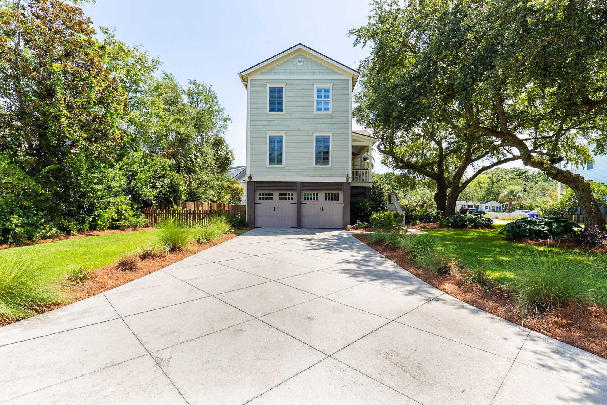Old Mt Pleasant Homes For Sale - 920 Royall, Mount Pleasant, SC - 28