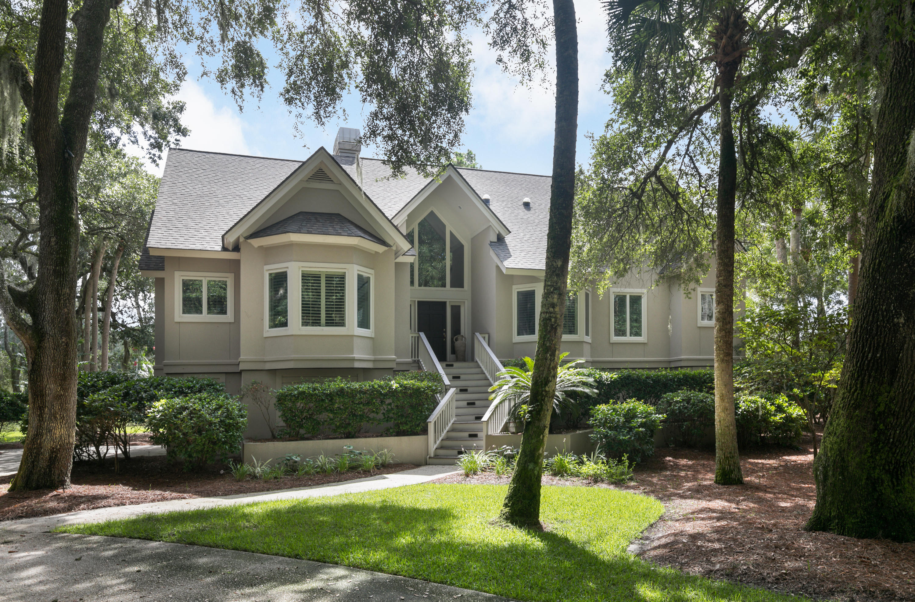 2635 Seabrook Island Road Johns Island, SC 29455