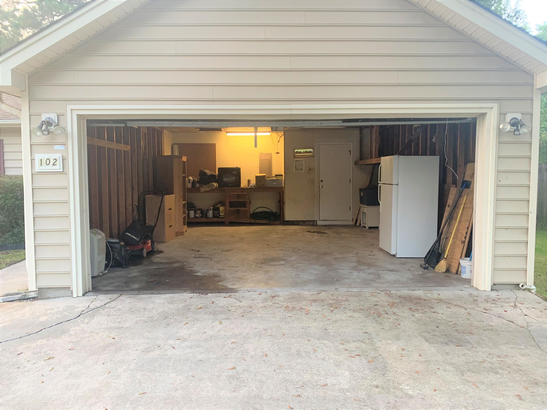 102 Foxfire Court Summerville, SC 29486