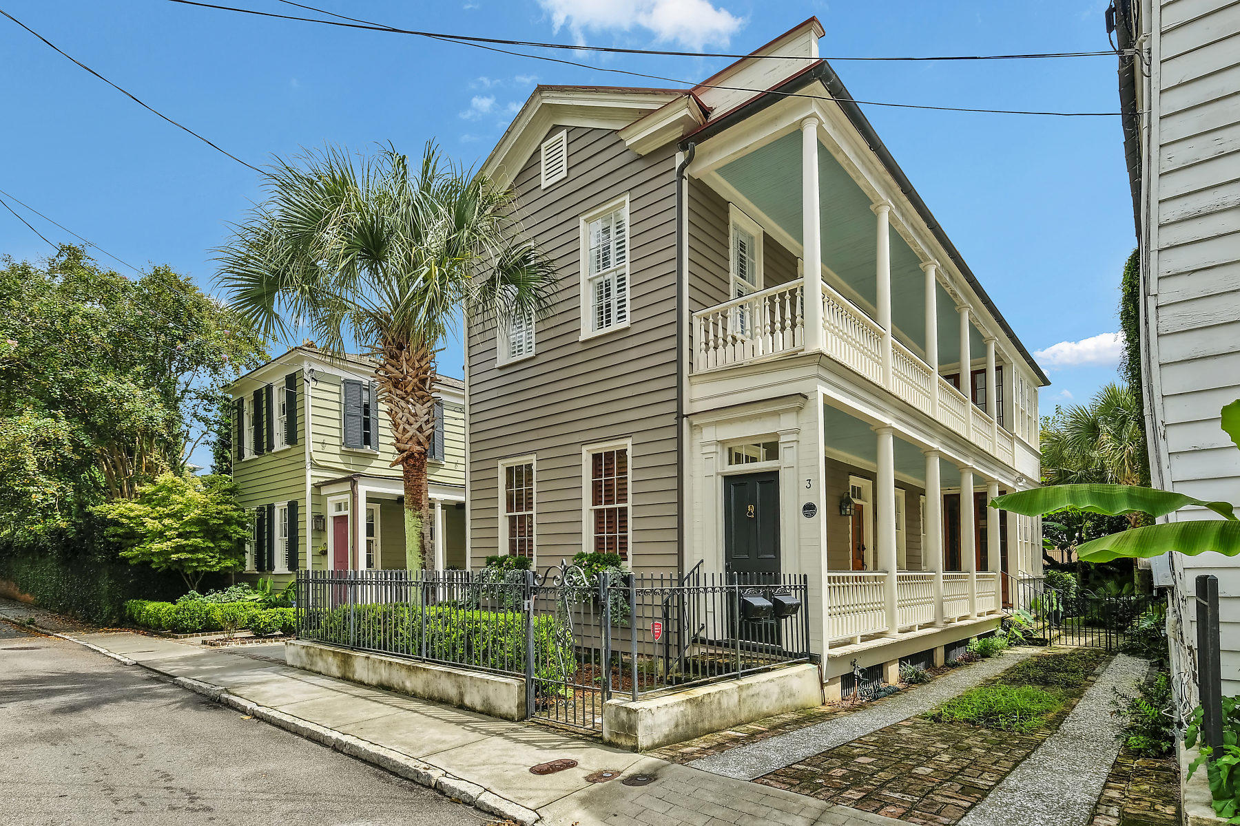 3 Magazine Street Charleston, SC 29401