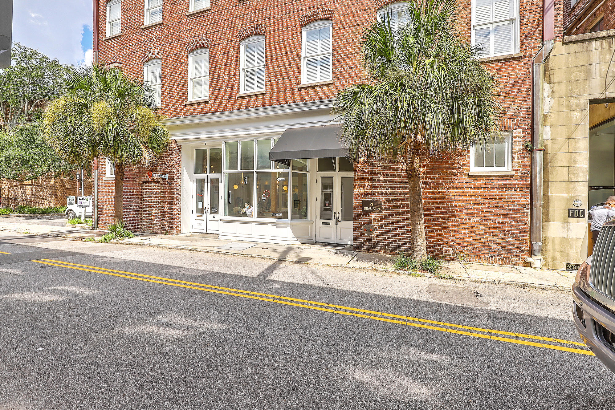 4 Beaufain Street UNIT #202 Charleston, SC 29401