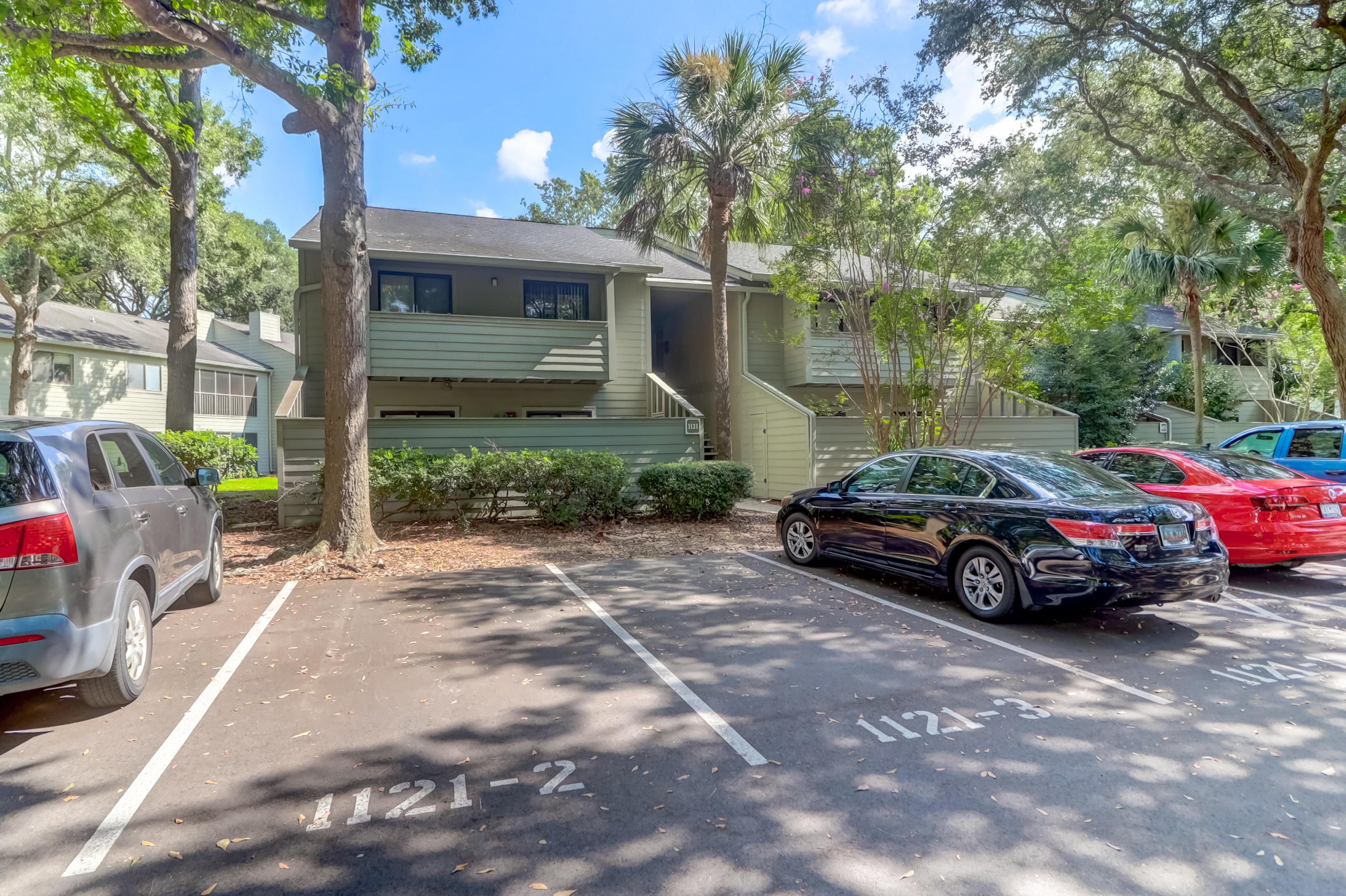 1121-2 Village Creek Lane UNIT 1602 Mount Pleasant, SC 29464