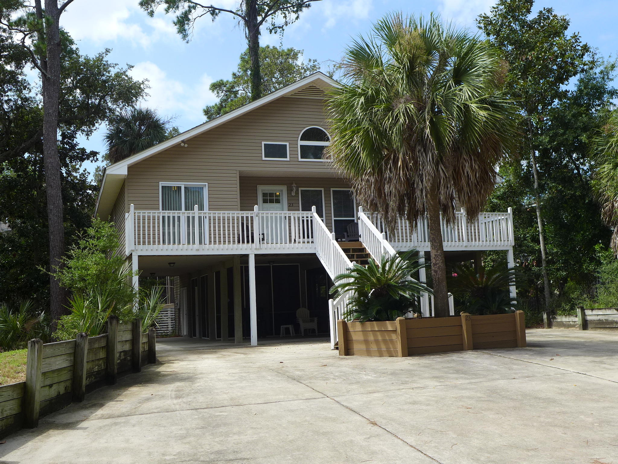 23 Rice Lane Edisto Island, SC 29438