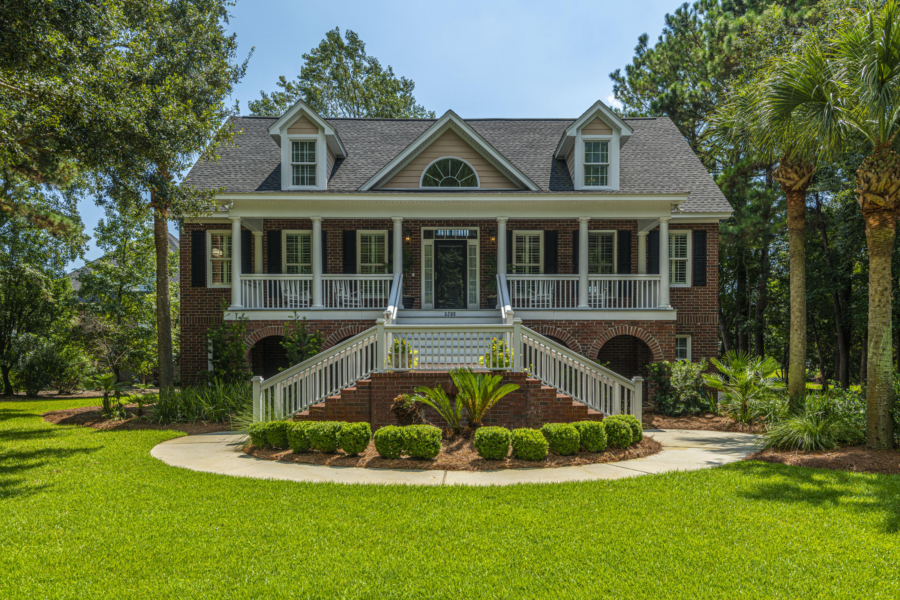 3200 Sand Marsh Lane Mount Pleasant, SC 29466