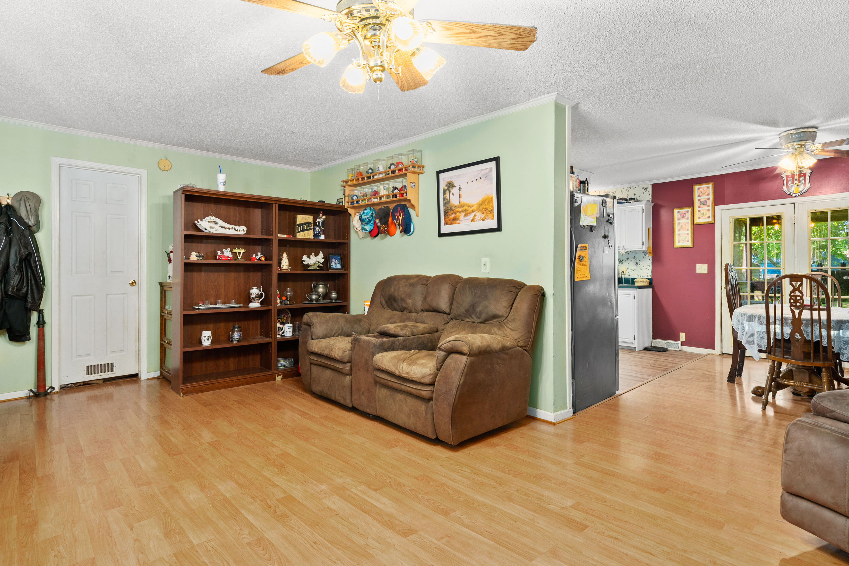 167 Roberts Road Knightsville, SC 29483
