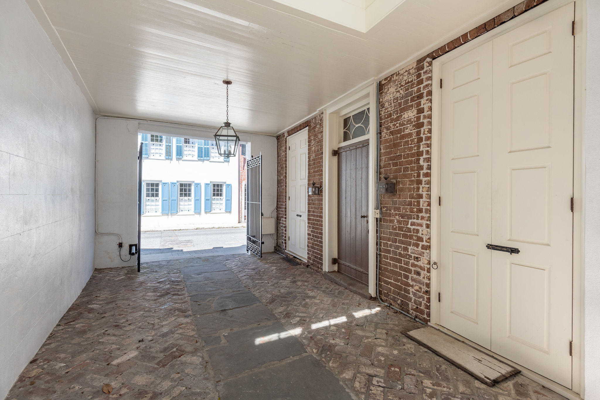 75&77 Church Street Charleston, SC 29401