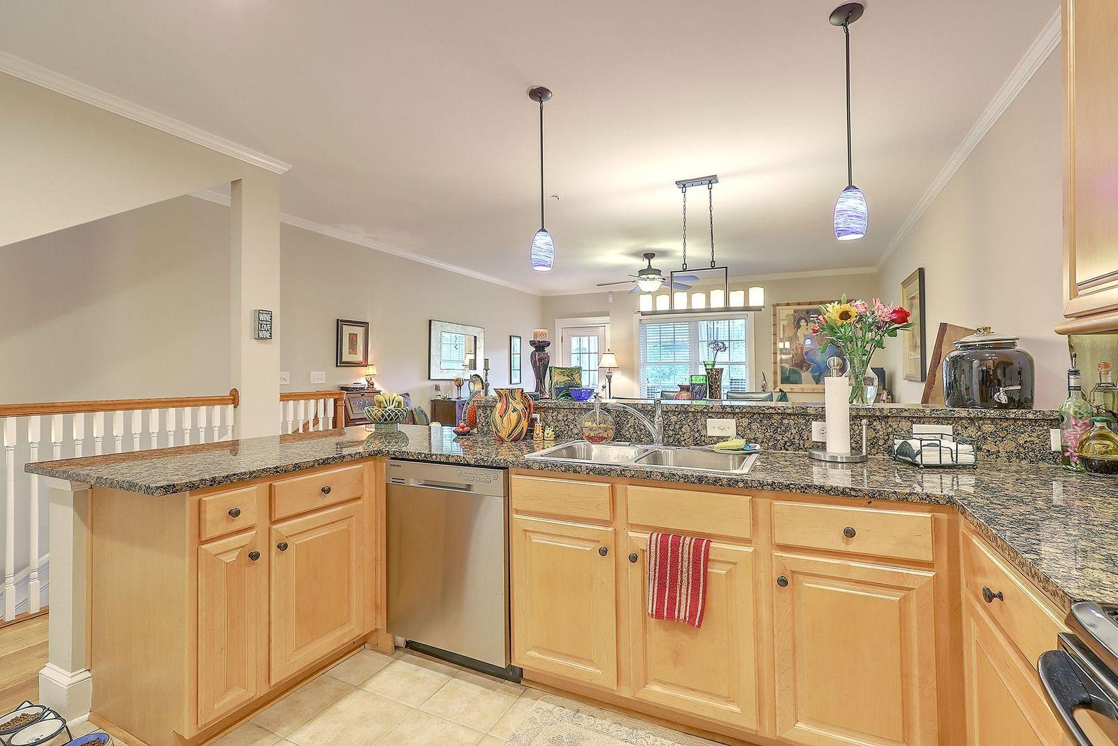 Etiwan Pointe Homes For Sale - 208 Etiwan Pointe, Mount Pleasant, SC - 31
