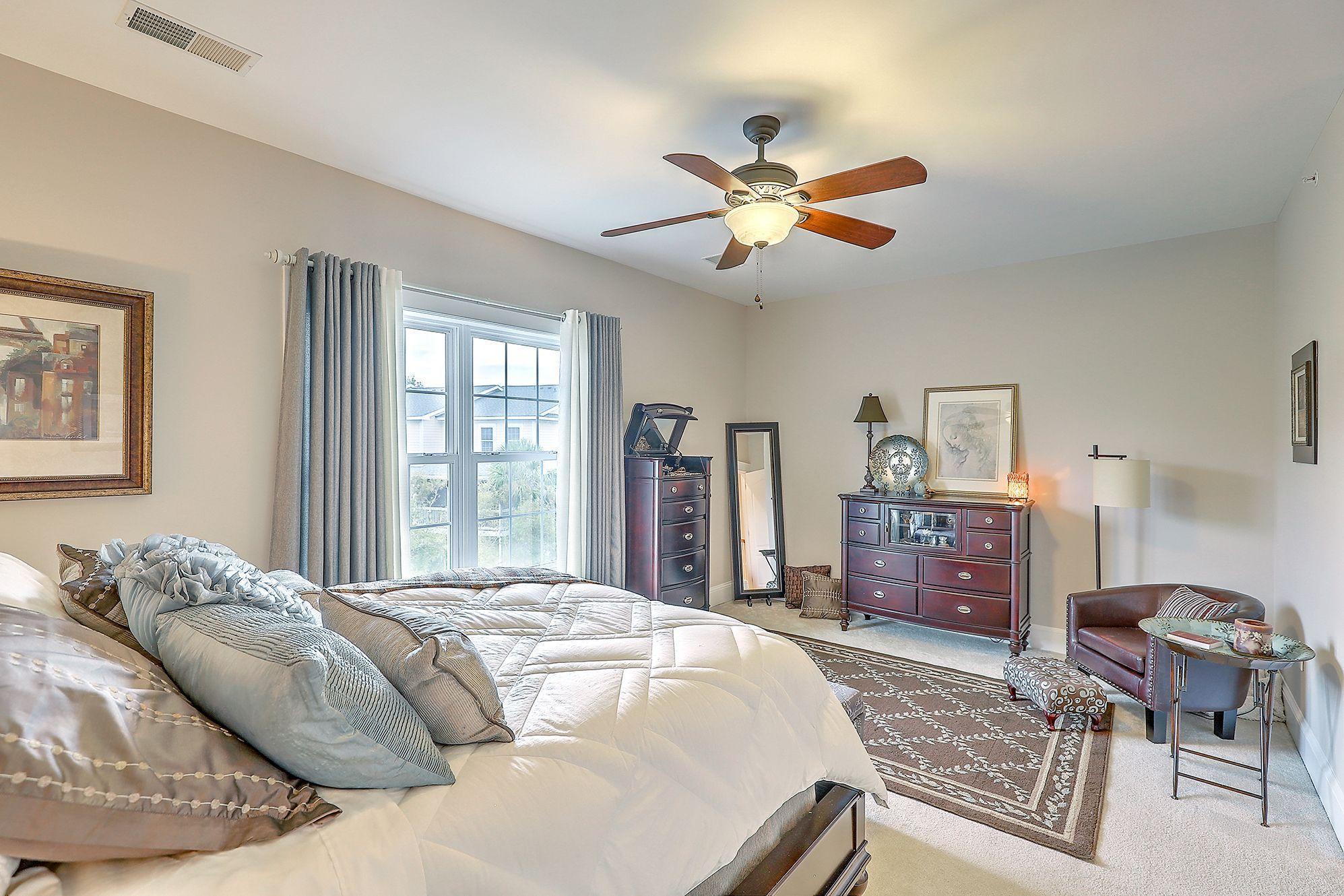 Etiwan Pointe Homes For Sale - 208 Etiwan Pointe, Mount Pleasant, SC - 18